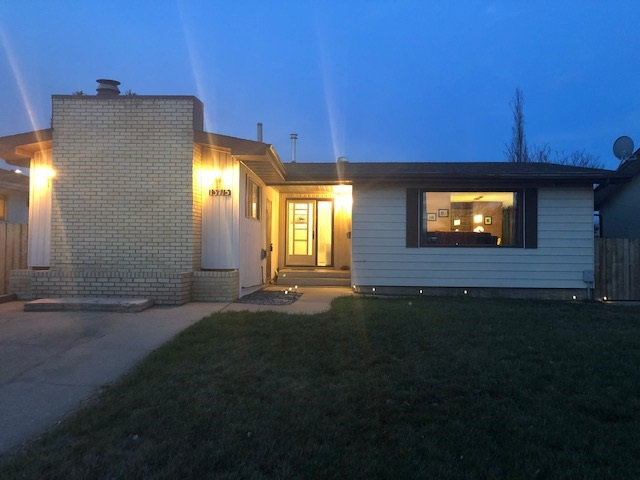 MLS® listing #E4140063 for sale located at 13715 74 Street