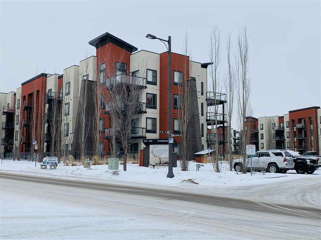 117 304 AMBLESIDE Link, 2 bed, 2 bath, at $214,900