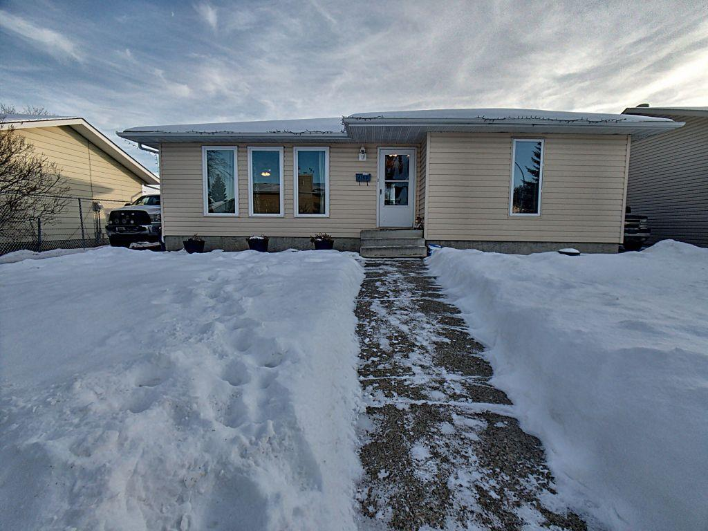 MLS® listing #E4140223 for sale located at 4143 135 Avenue