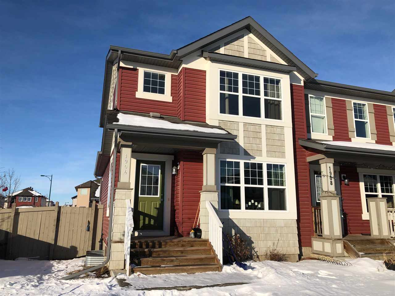 1904 32 Street, 2 bed, 3 bath, at $309,900
