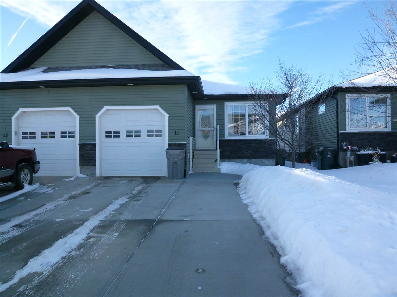 11 WILLOW WOOD Court, 2 bed, 2 bath, at $299,900