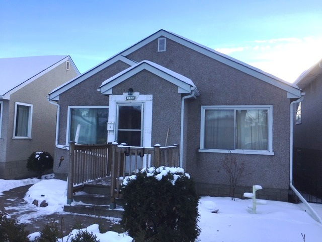 11623 129 Avenue NW, 2 bed, 1 bath, at $159,900