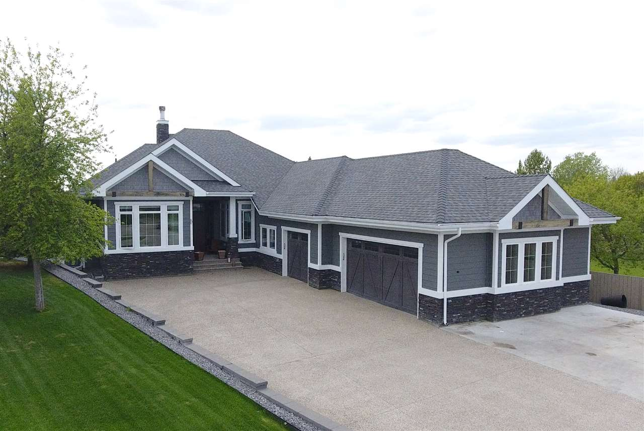 23 COUNTRY Lane, 5 bed, 3 bath, at $999,900