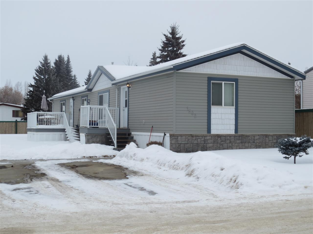 1502 53222 RGE RD 272, 3 bed, 2 bath, at $119,900