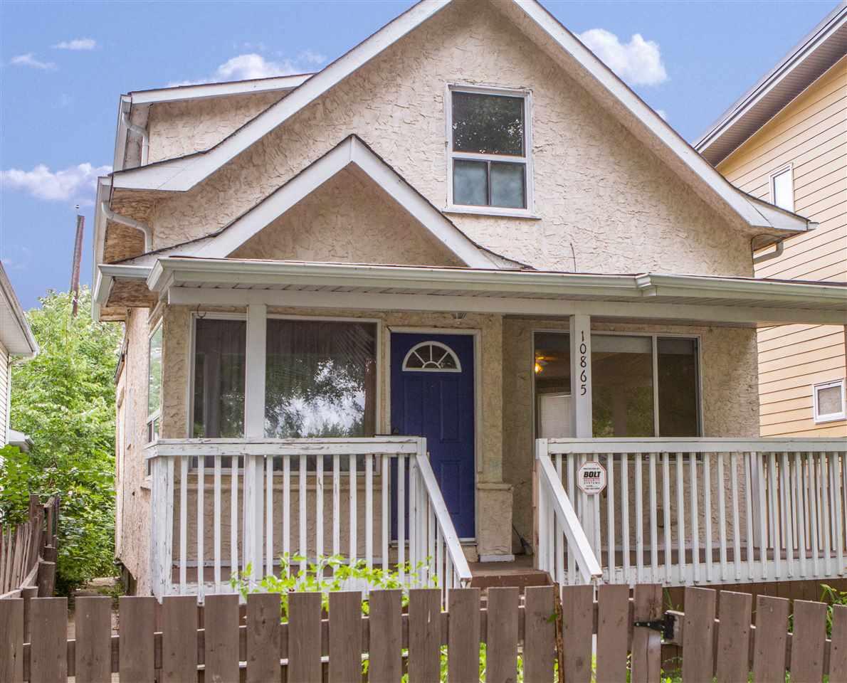 10865 94 Street, 3 bed, 2 bath, at $268,500