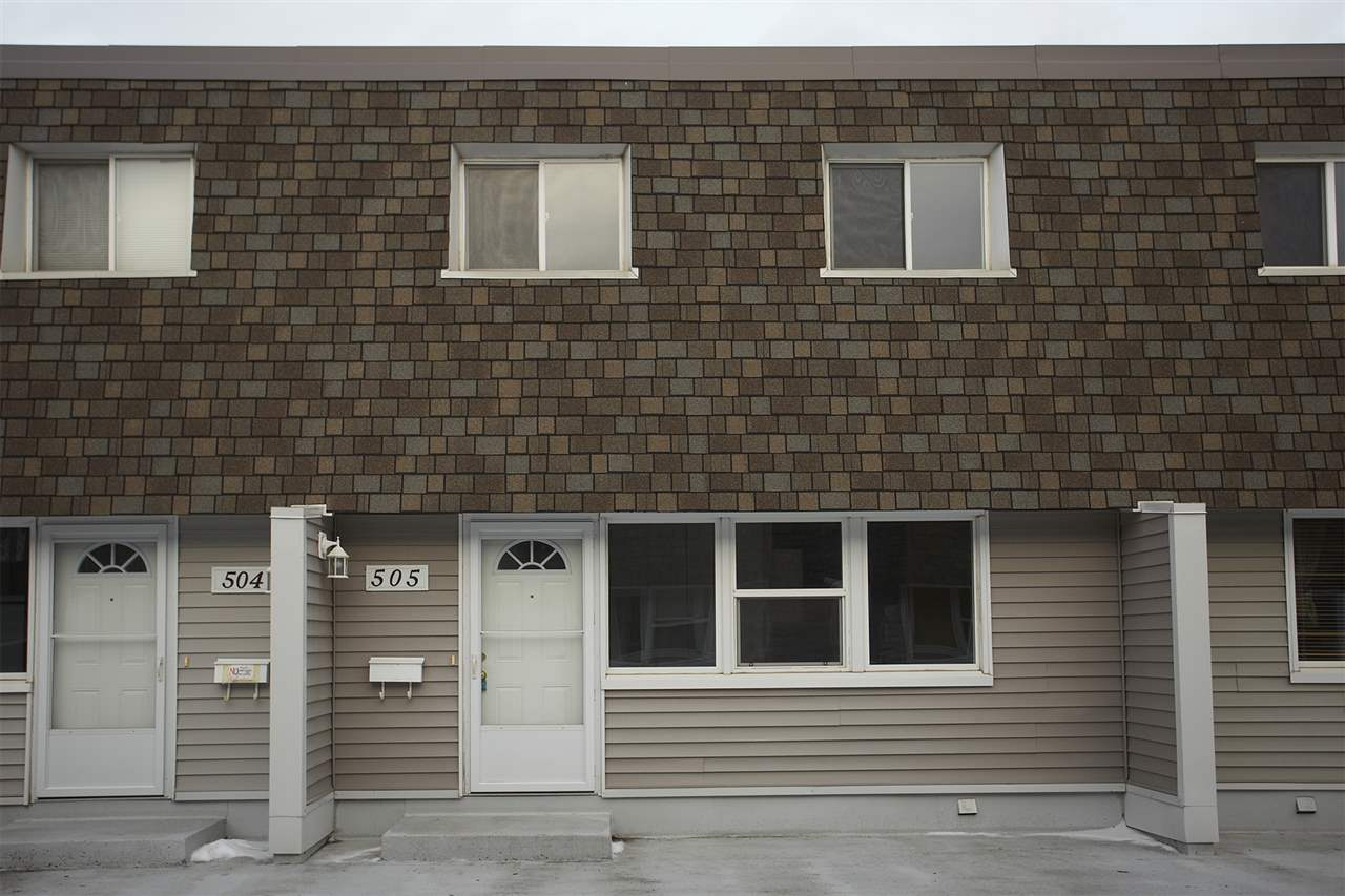 505 VILLAGE ON THE Green, 3 bed, 2 bath, at $149,900