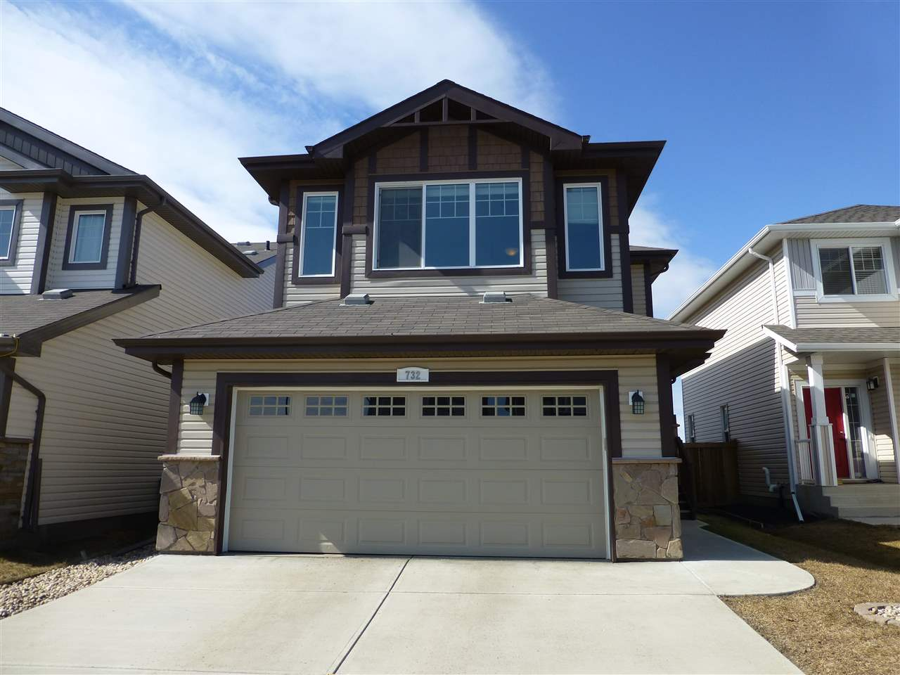 732 179 Street, 3 bed, 3 bath, at $479,900