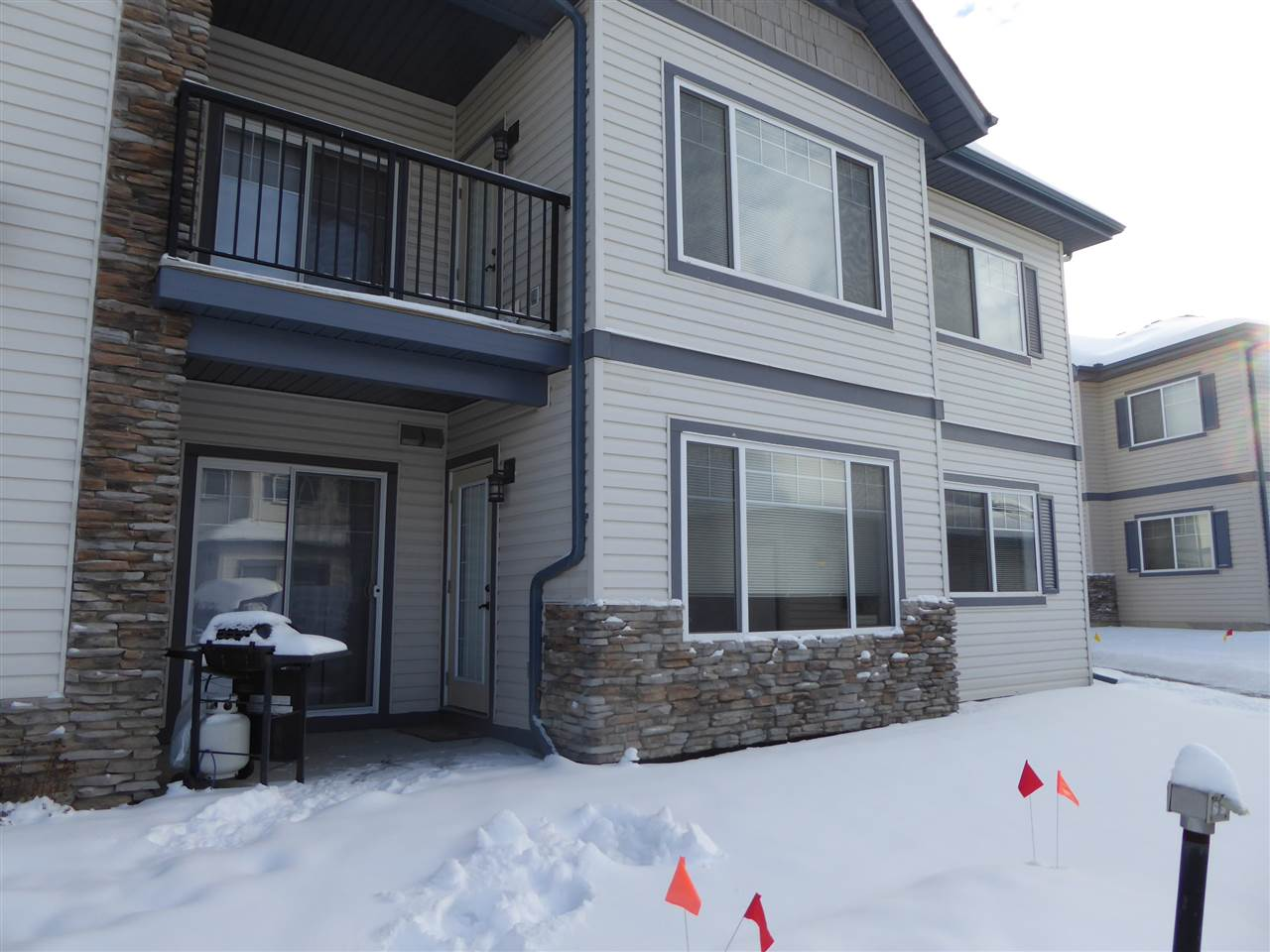 52 2565 HANNA Crescent, 2 bed, 2 bath, at $219,900
