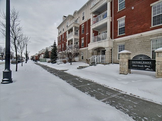115 1003 Gault Boulevard, 2 bed, 2 bath, at $314,900