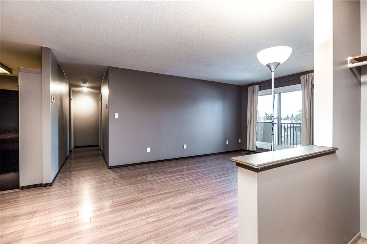 MLS® listing #E4141806 for sale located at 302 55 Akins Drive