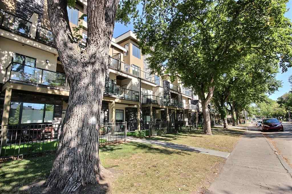 MLS® listing #E4141843 for sale located at 35 11518 76 Avenue