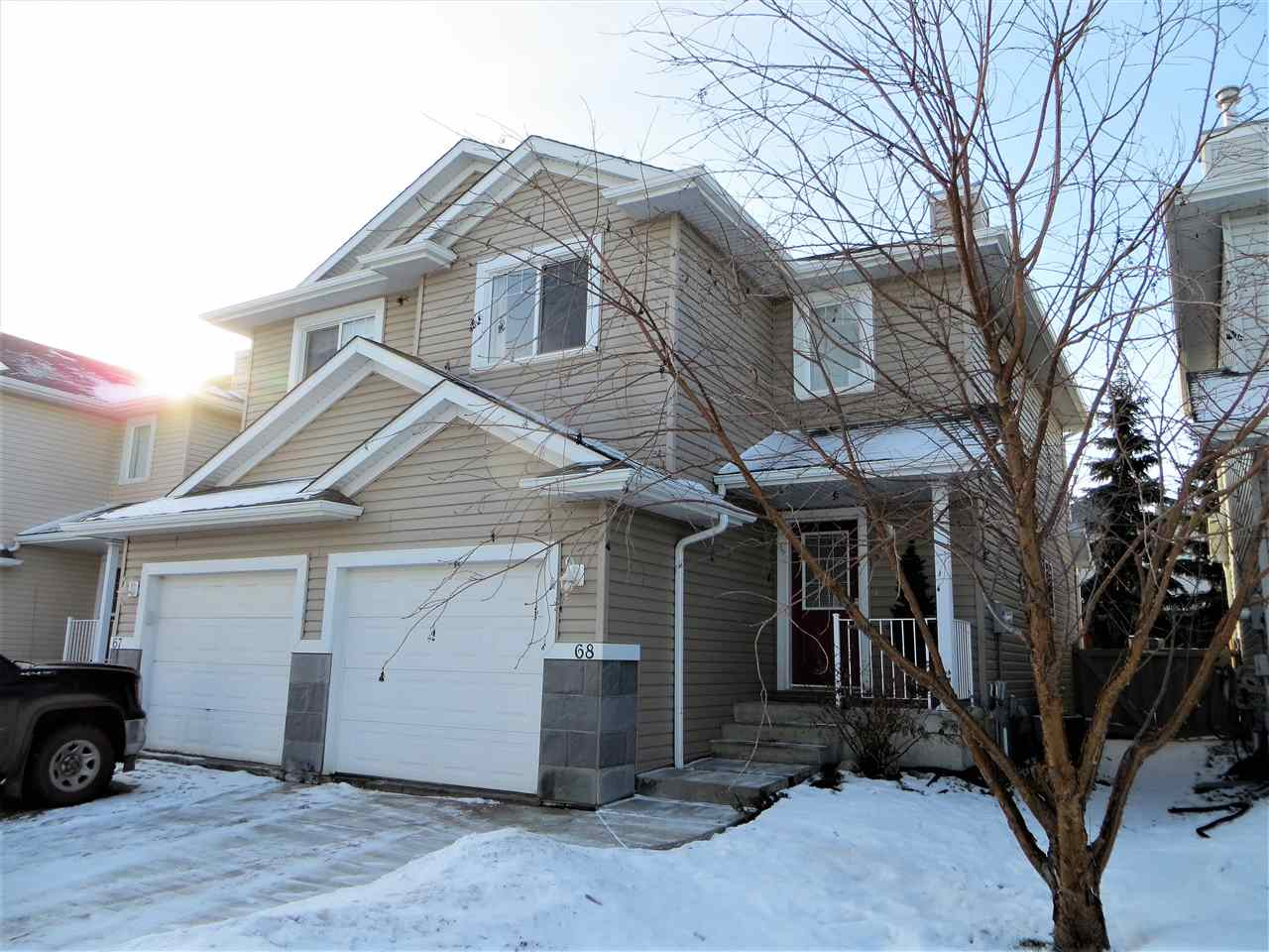 68 287 MACEWAN Road, 2 bed, 3 bath, at $275,000