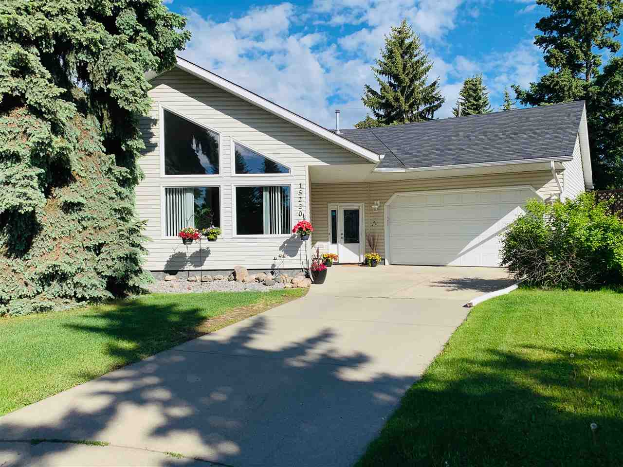 MLS® listing #E4141949 for sale located at 15220 79A Avenue