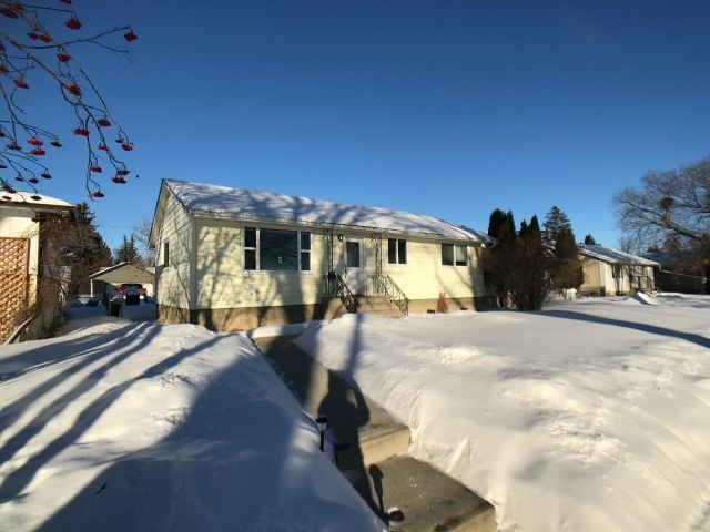 MLS® listing #E4141996 for sale located at 13556 123A Avenue