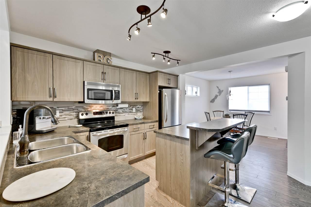 10 3751 12 Street, 2 bed, 3 bath, at $239,900