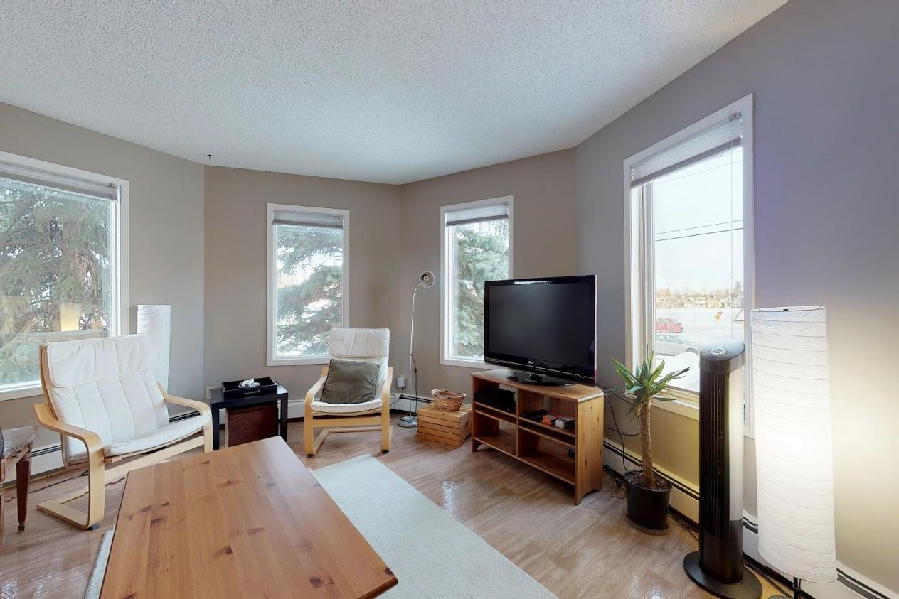 208 9138 83 Avenue, 2 bed, 1 bath, at $198,800