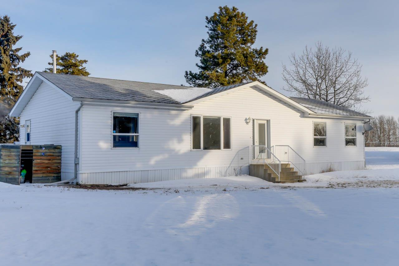 27304 TWP RD 513, 2 bed, 3 bath, at $369,900