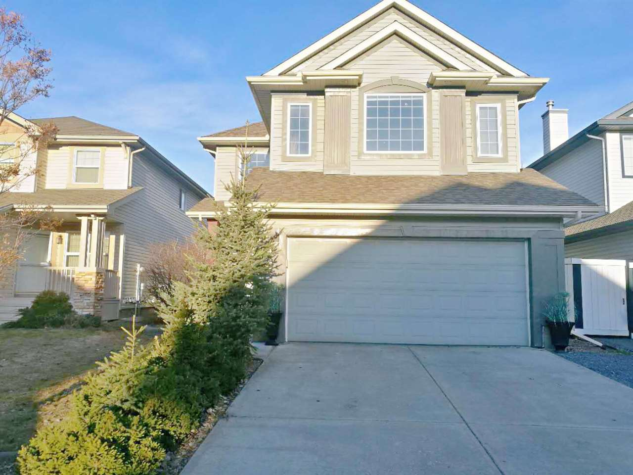 1112 117 Street, 3 bed, 3 bath, at $464,900