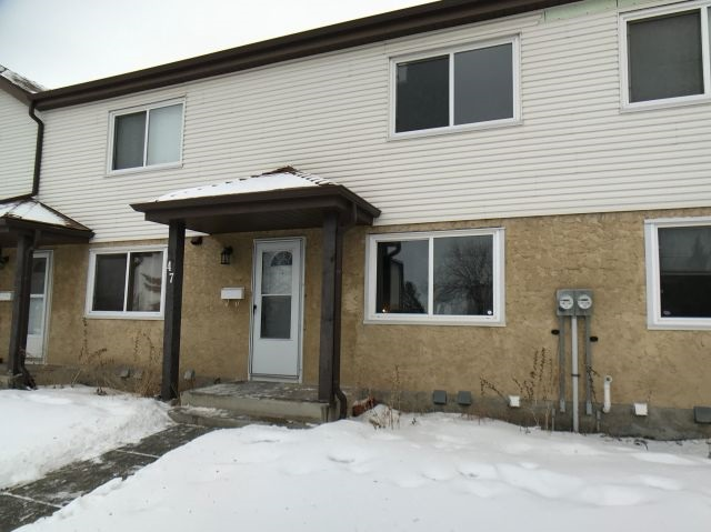 Property, 3 bed, 3 bath, at $208,500