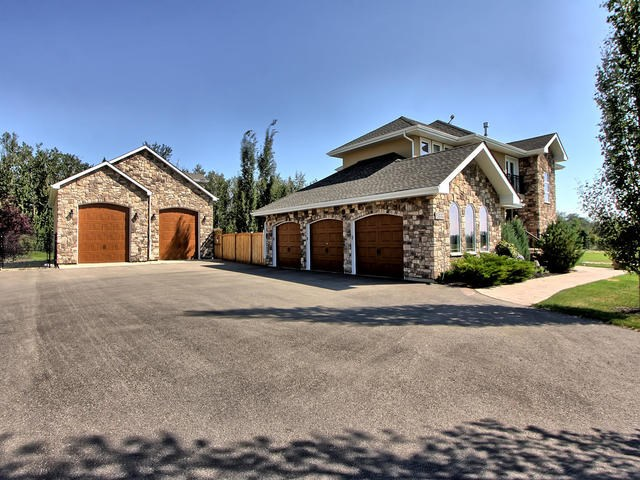 MLS® listing #E4142289 for sale located at 21416 25 Avenue