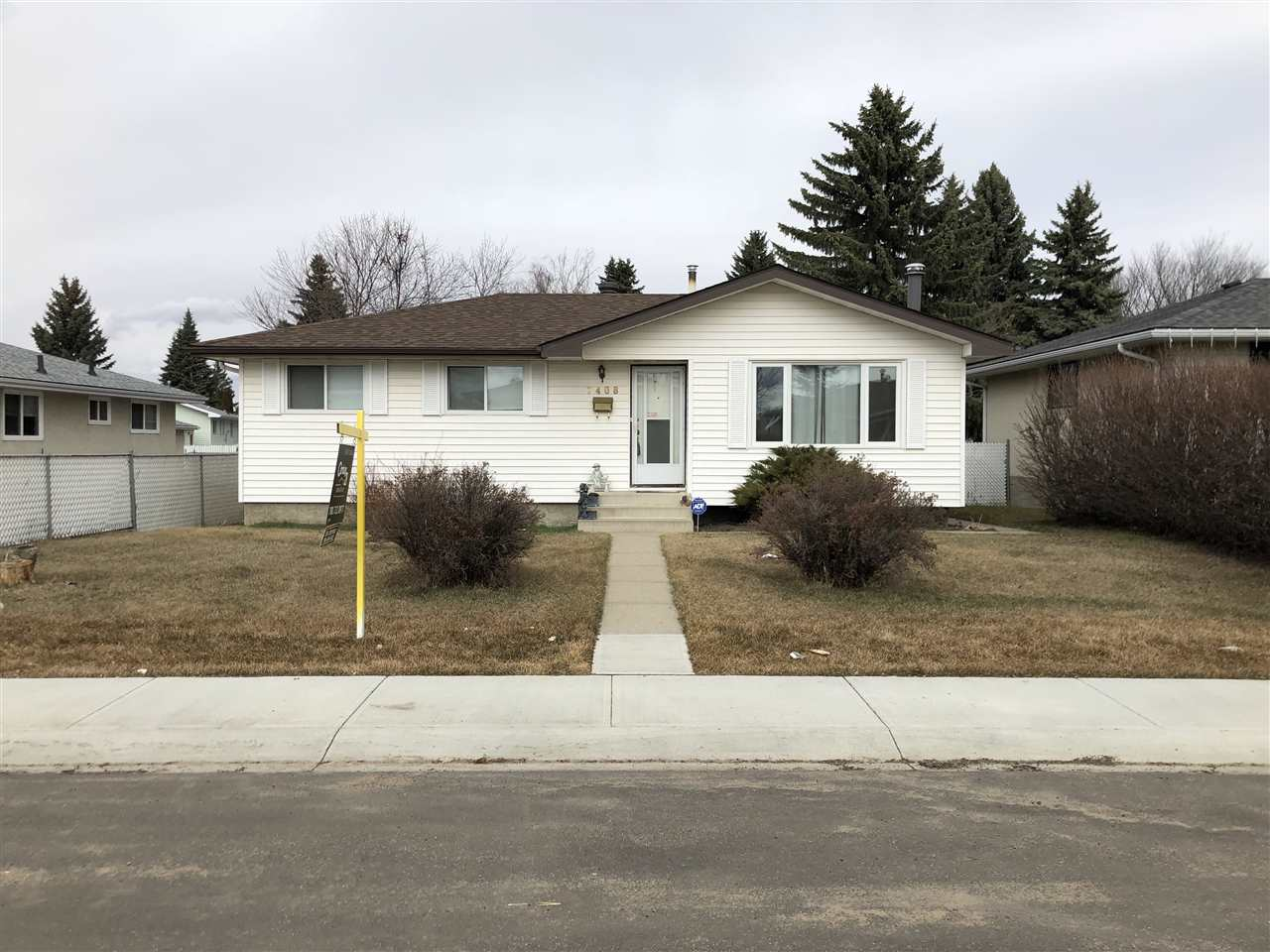 MLS® listing #E4142390 for sale located at 7408 148 Avenue