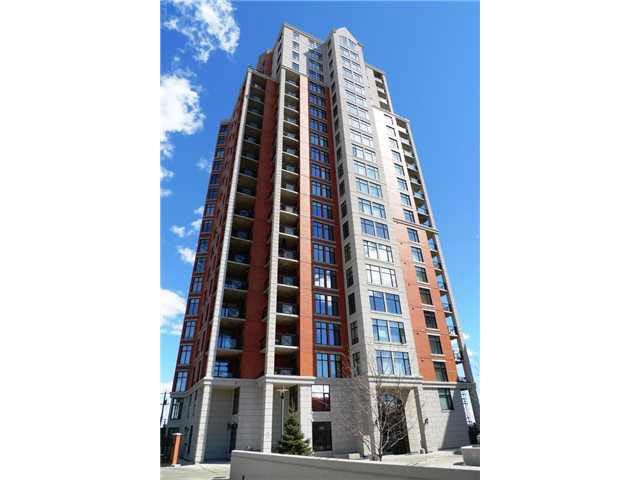 907 9020 JASPER Avenue, 1 bed, 2 bath, at $295,000