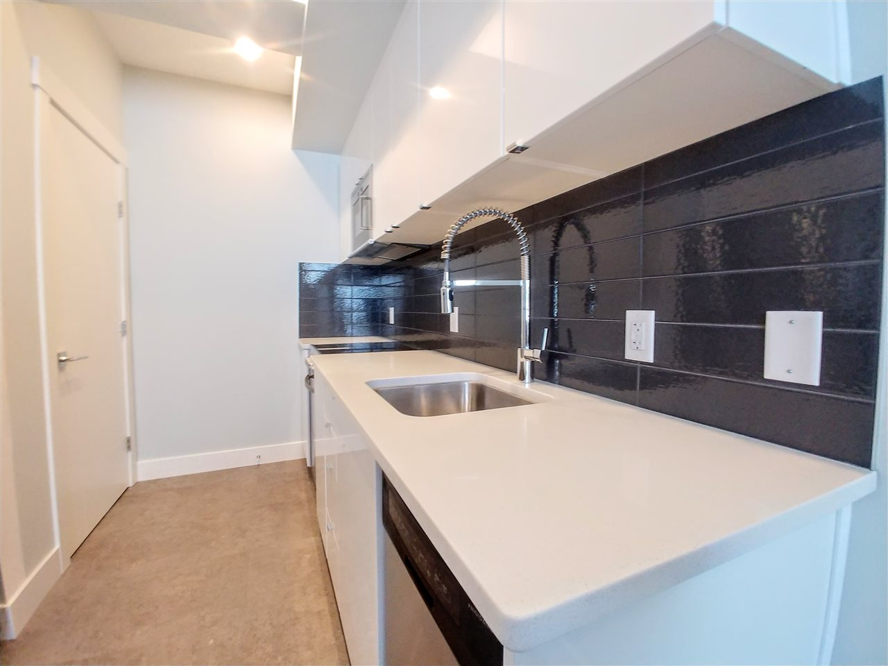 74 446 Allard Boulevard SW, 1 bed, 1 bath, at $150,130