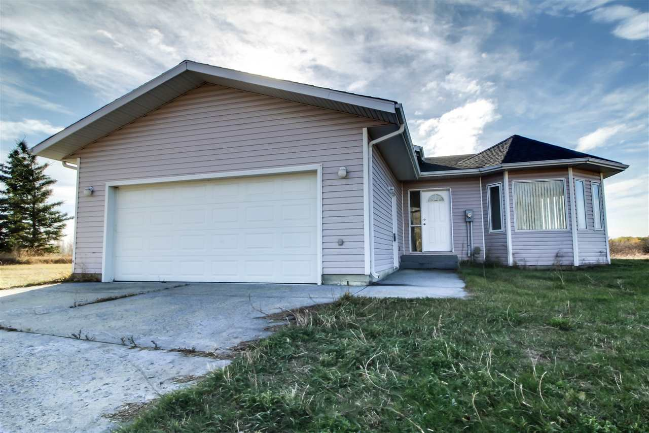 #14 26520 TWP 512, 3 bed, 3 bath, at $439,900