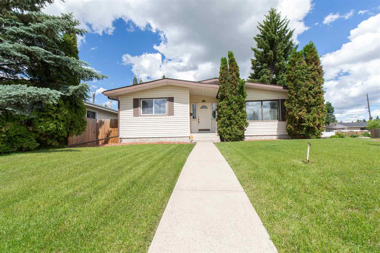 MLS® listing #E4143567 for sale located at 11204 40 Avenue