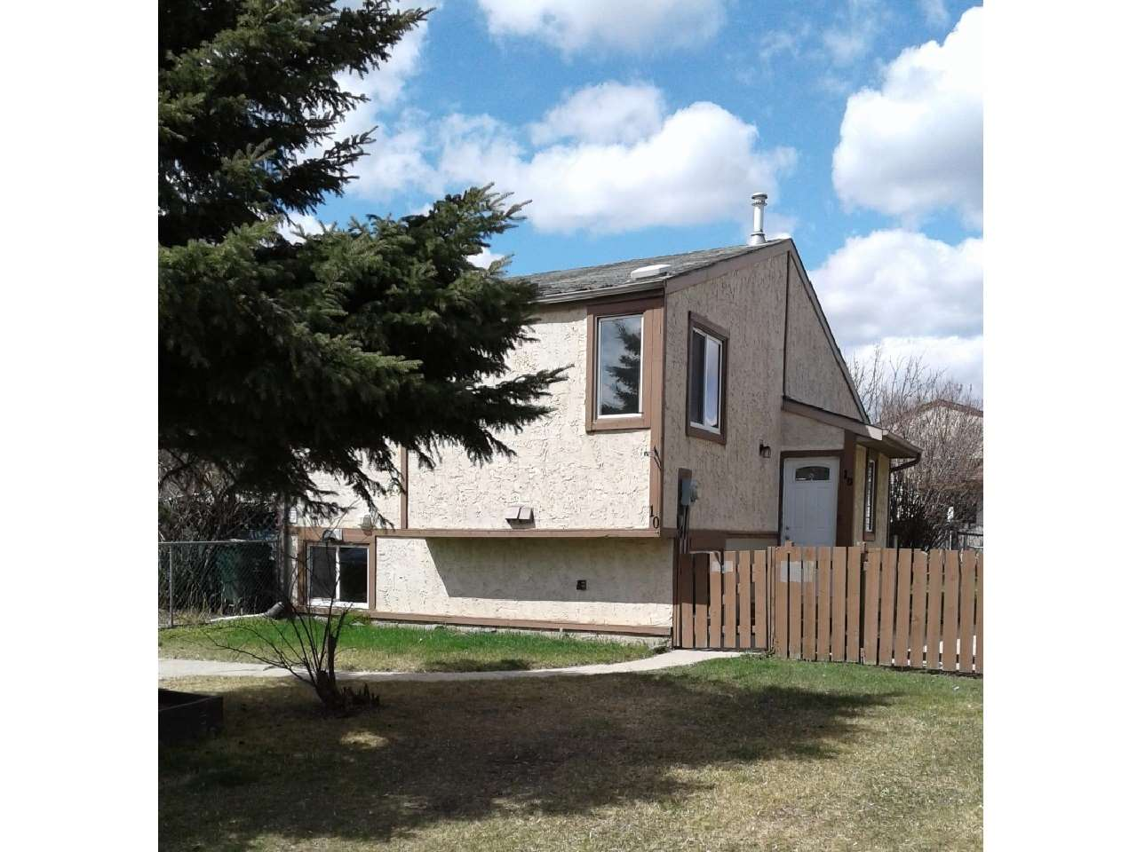 10 Chungo Drive, 3 bed, 2 bath, at $235,000