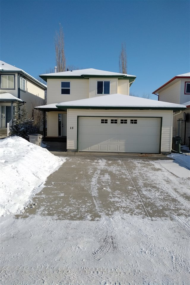 15 Grayridge Bay, 1 bed, 4 bath, at $329,900
