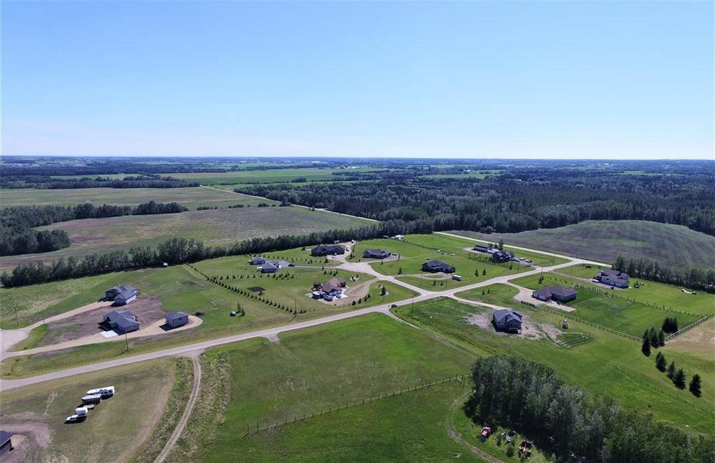 MLS® listing #E4144092 for sale located at 8 53319 RGE RD 275