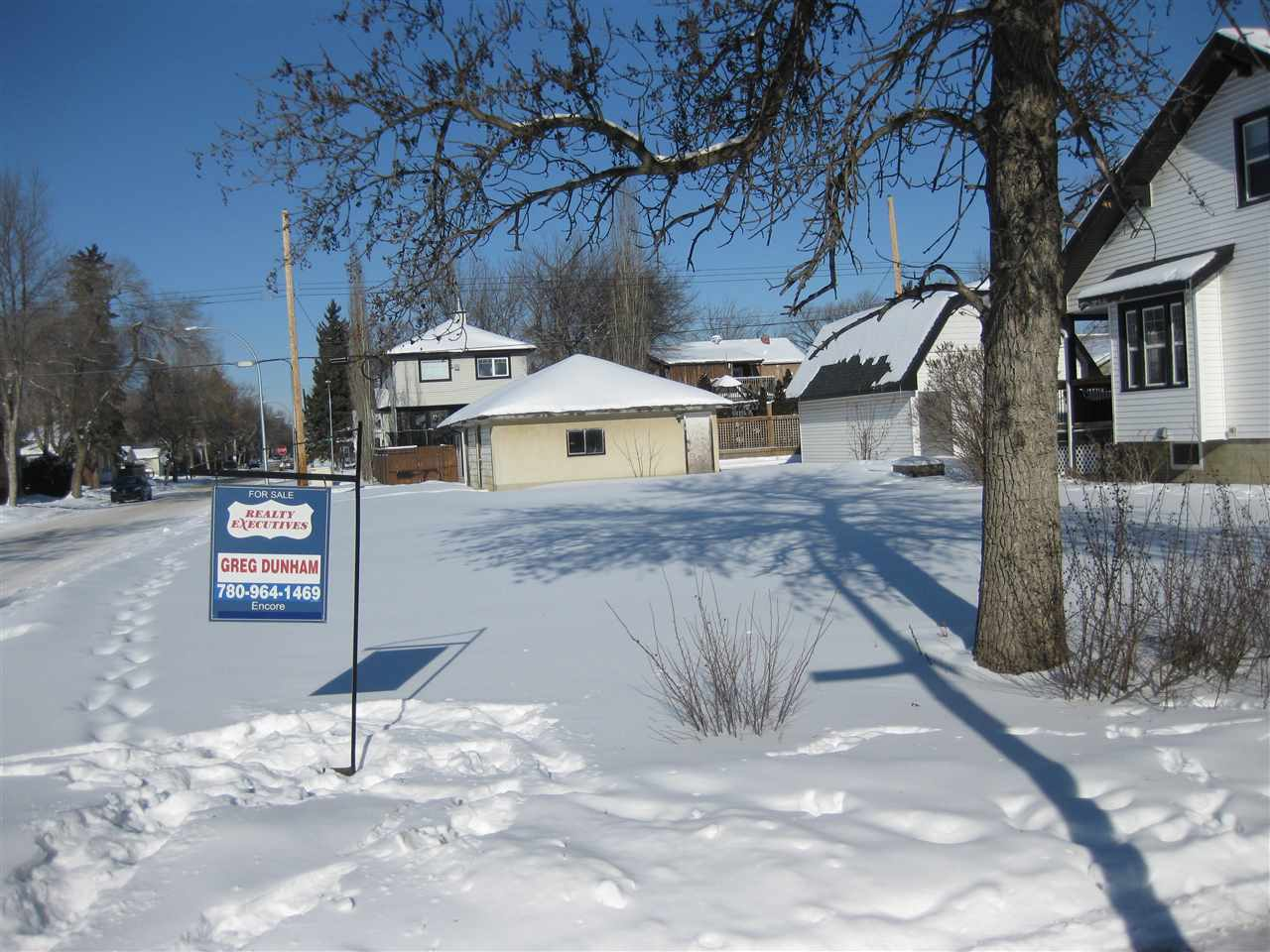 10632 74 Avenue, at $319,900