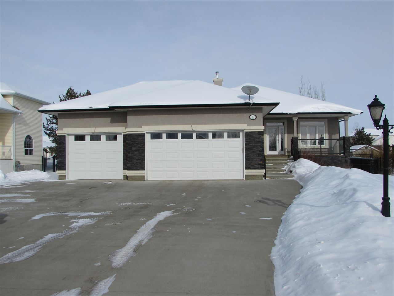 10 Greenfield Place, 4 bed, 3 bath, at $699,900