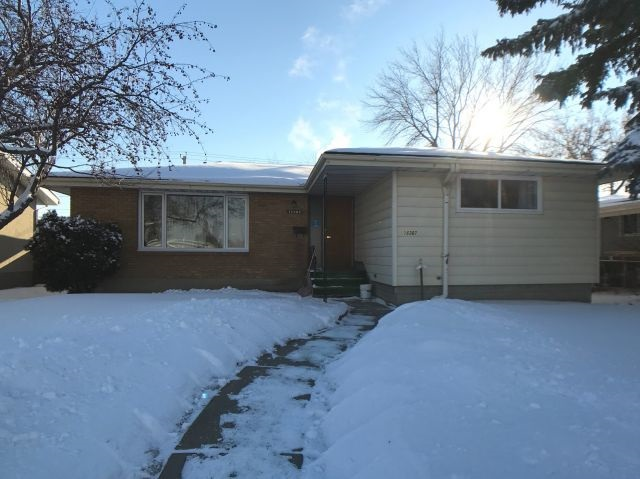 MLS® listing #E4144461 for sale located at 16307 87 Avenue