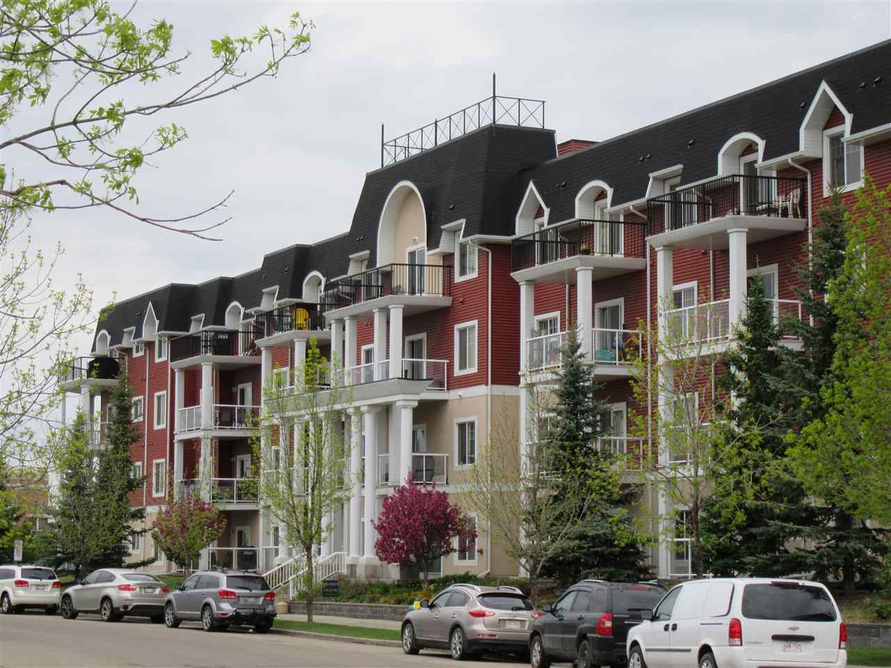 101 226 MACEWAN Road, 2 bed, 2 bath, at $220,000