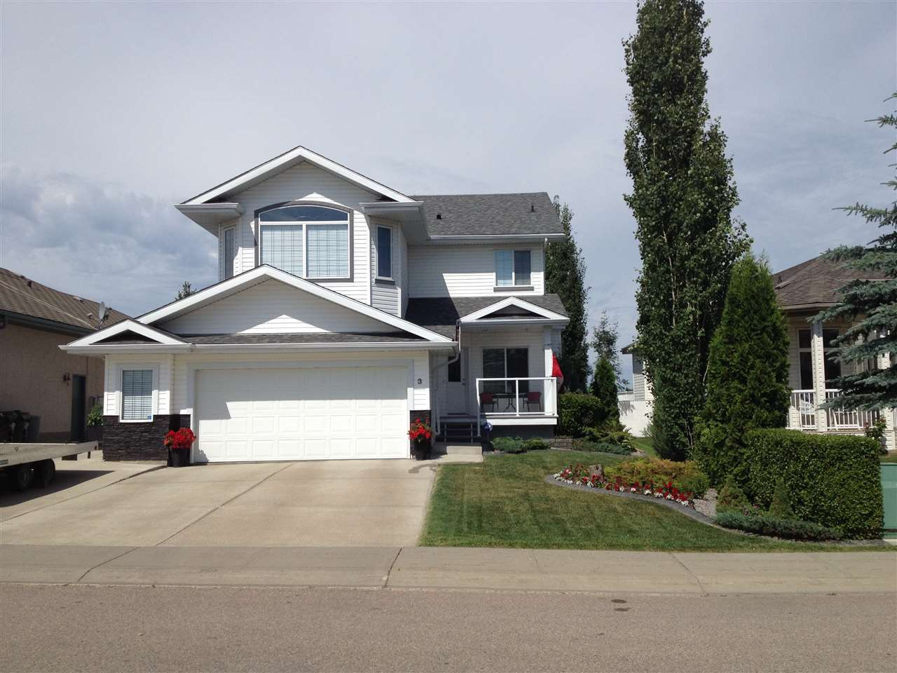 3 LINKSIDE Way, 4 bed, 4 bath, at $550,000