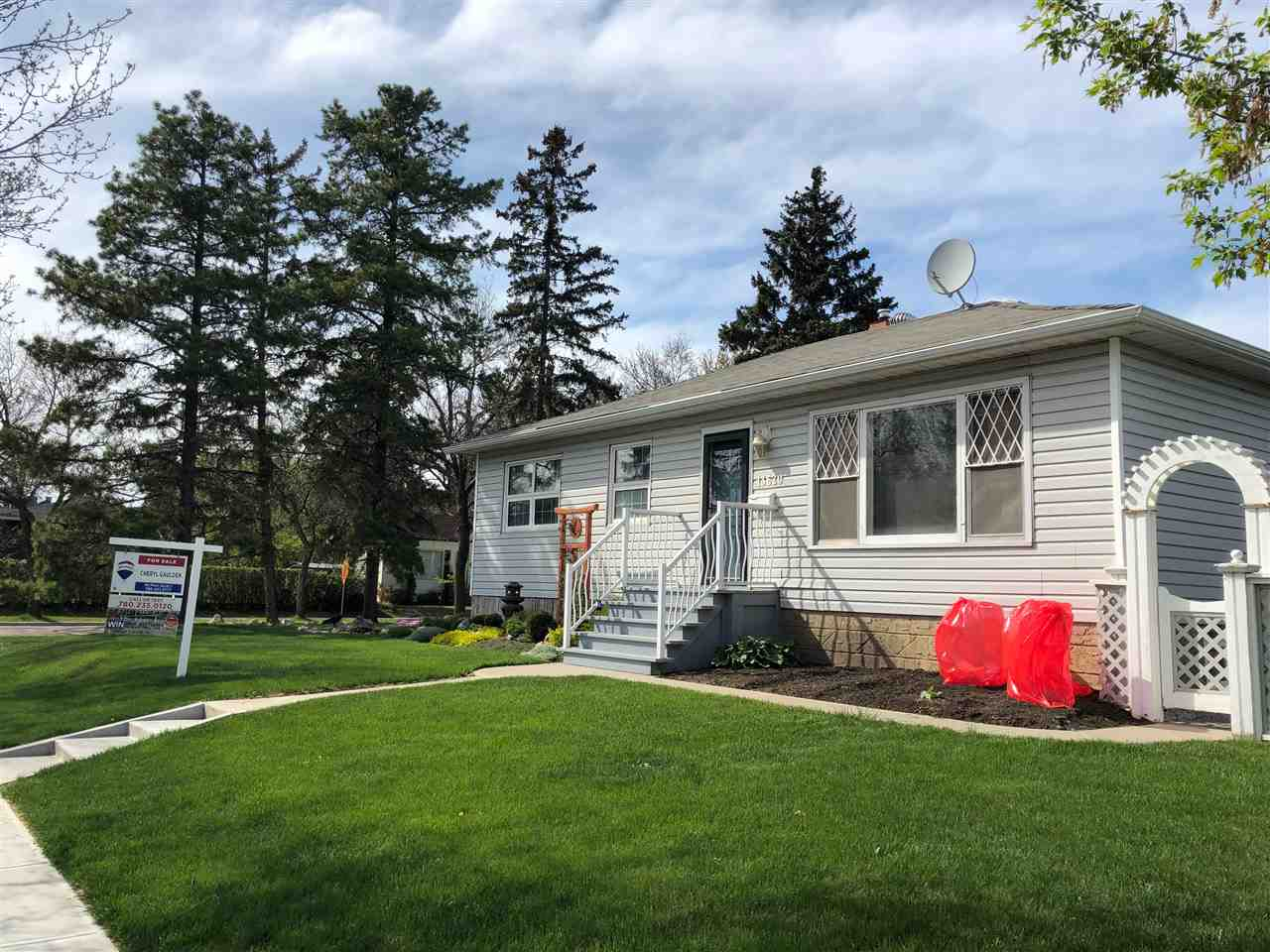 MLS® listing #E4144623 for sale located at 13620 117 Avenue