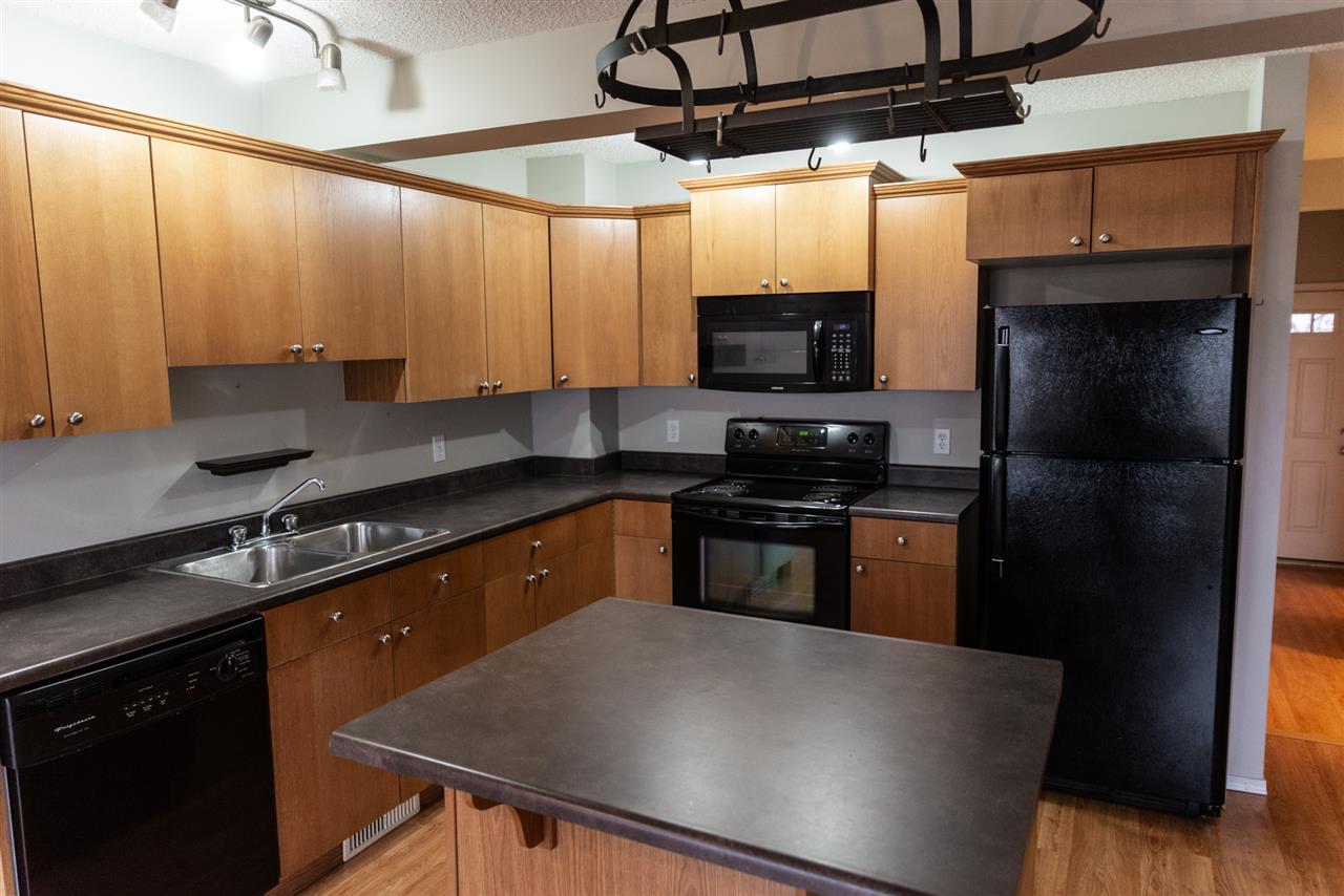 14 VIRGINIA Avenue, 3 bed, 3 bath, at $271,000