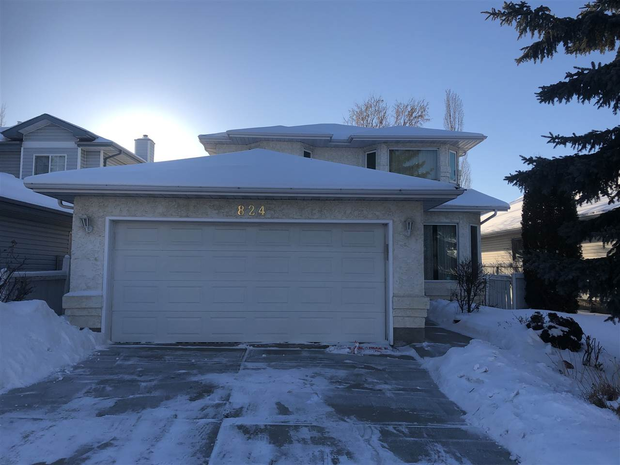 MLS® listing #E4145018 for sale located at 824 113A