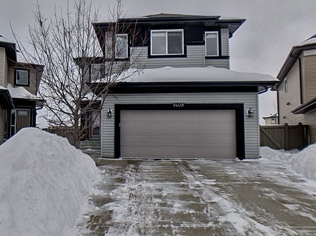 MLS® listing #E4145034 for sale located at 1408 37C Avenue