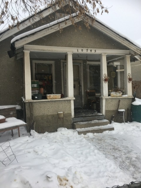 MLS® listing #E4145172 for sale located at 10745 95