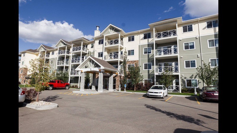 MLS® listing #E4145199 for sale located at 405 12650 142 Avenue