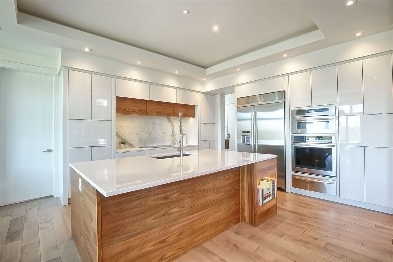 MLS® listing #E4145389 for sale located at 627 HOWATT Drive