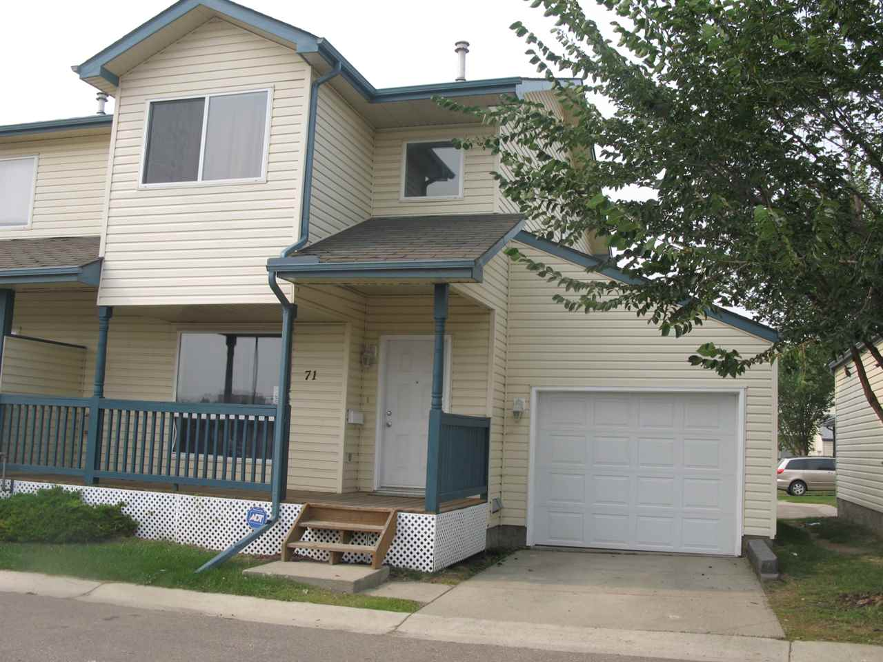MLS® listing #E4145512 for sale located at 71 10909 106 Street