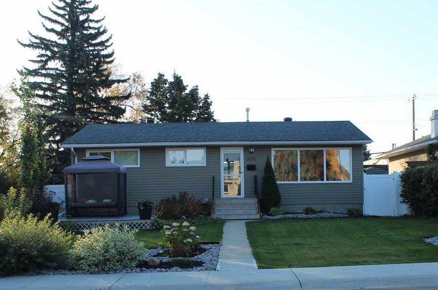 MLS® listing #E4145877 for sale located at 5211 106A Avenue