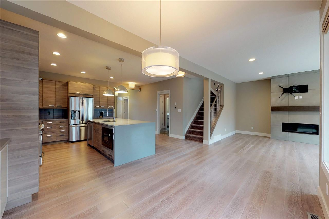 MLS® listing #E4145905 for sale located at 10977 75 Avenue