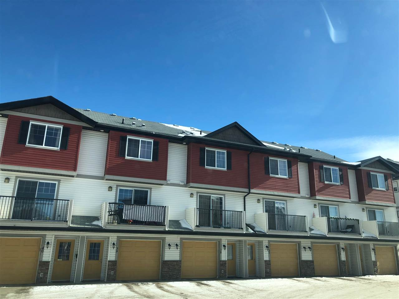 MLS® listing #E4145926 for sale located at 3 3751 12 Street