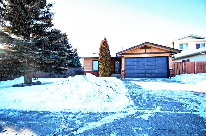 MLS® listing #E4146107 for sale located at 18907 97 Avenue