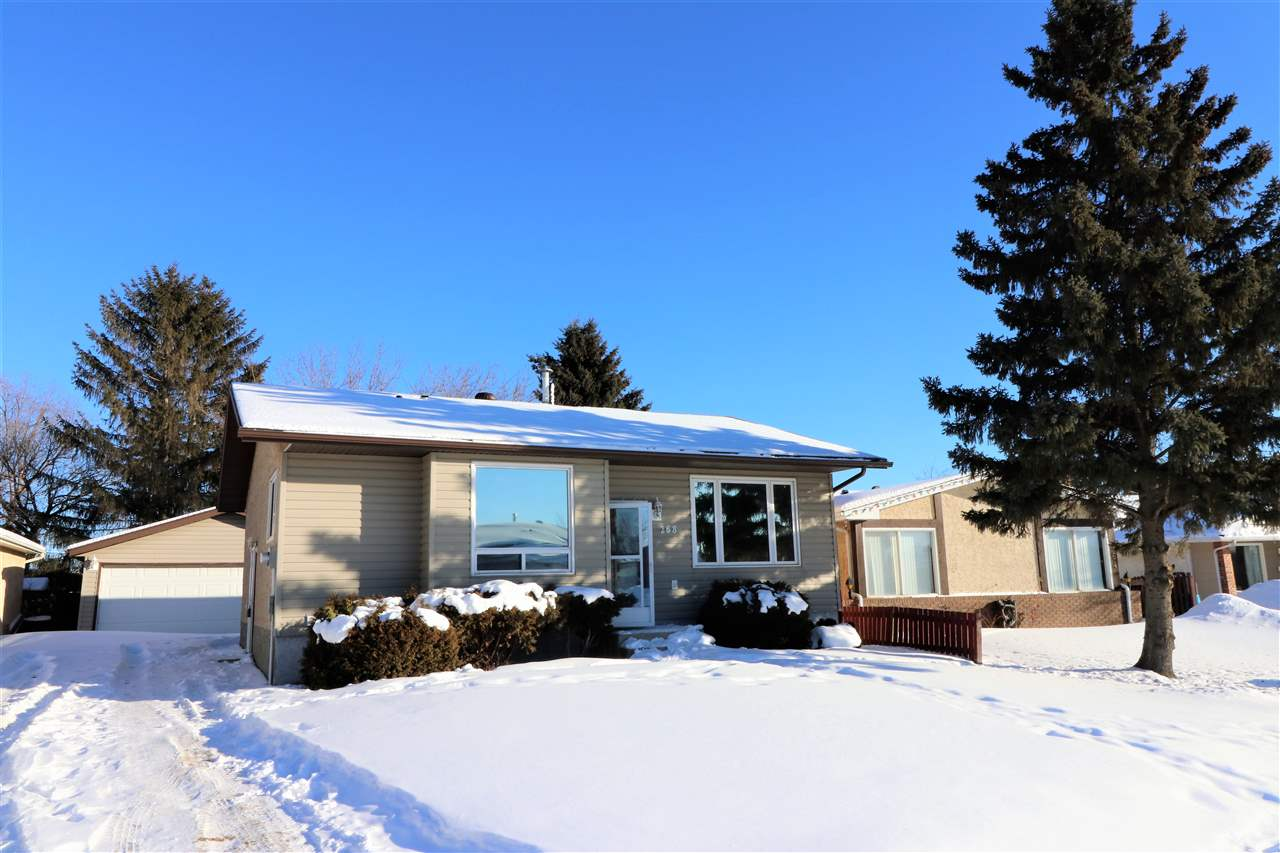 MLS® listing #E4146112 for sale located at 268 WARWICK Road
